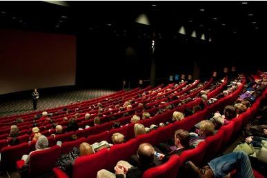 seksiseuraa turussa kinopalatsi helsinki elokuvat